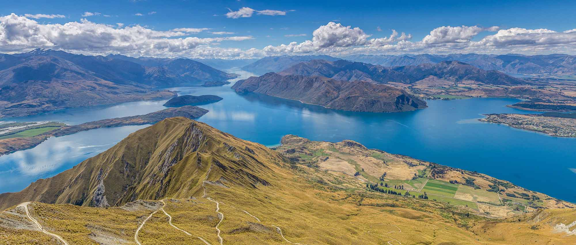 image of New Zealand mountains